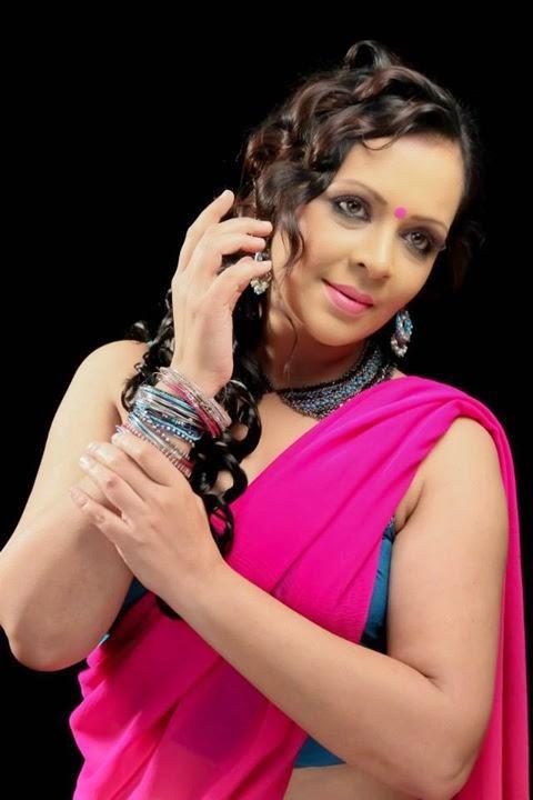 Devi Ajith New Hot Pics In Saree Mallu Actress