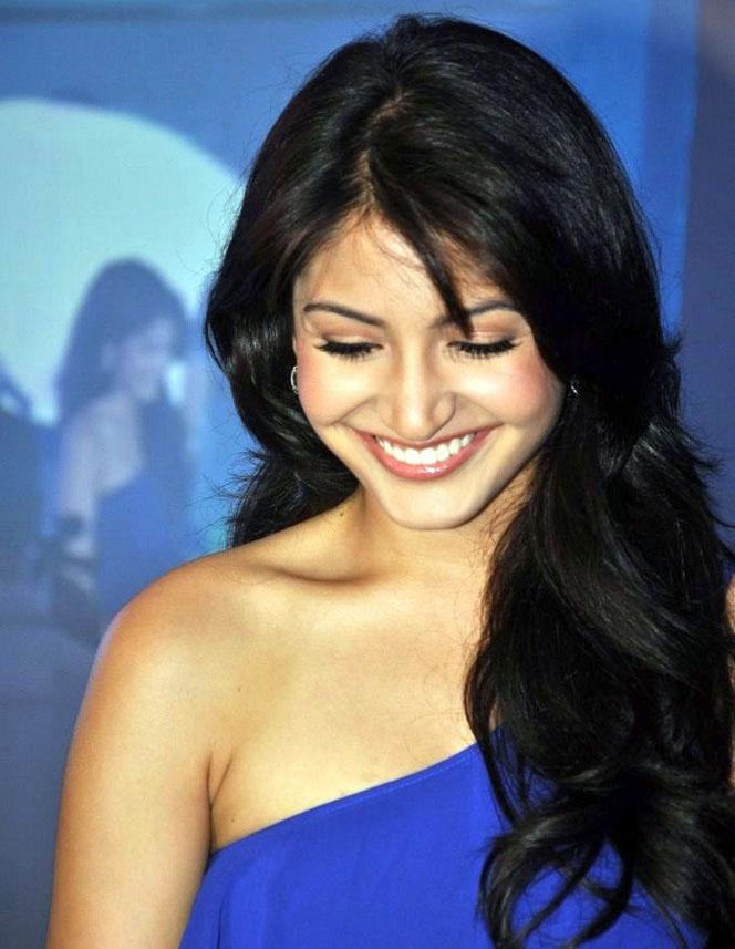 Indian Bollywood Actress Sonakshi Sinha Free Photos 2013 | Male Models ...