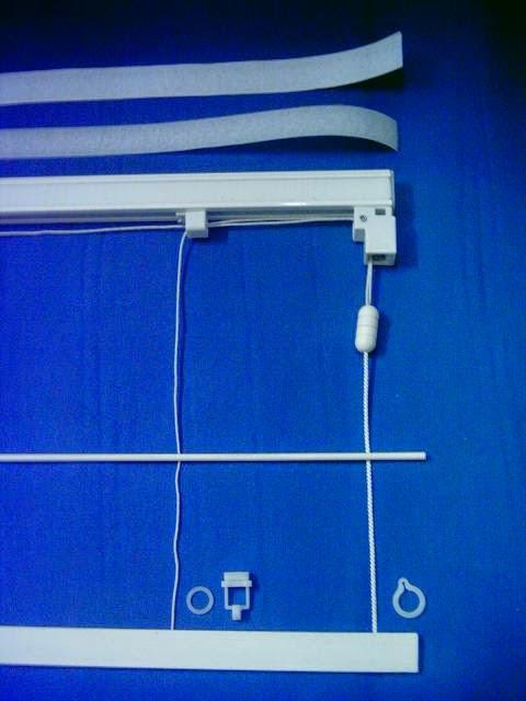 lo primero que tendremos que hacer es medir la ventana y adaptar la medida de la tela al estor a vuestro gusto