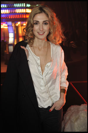 Julianna guill friday the 13th uncut 2009 - 5 6
