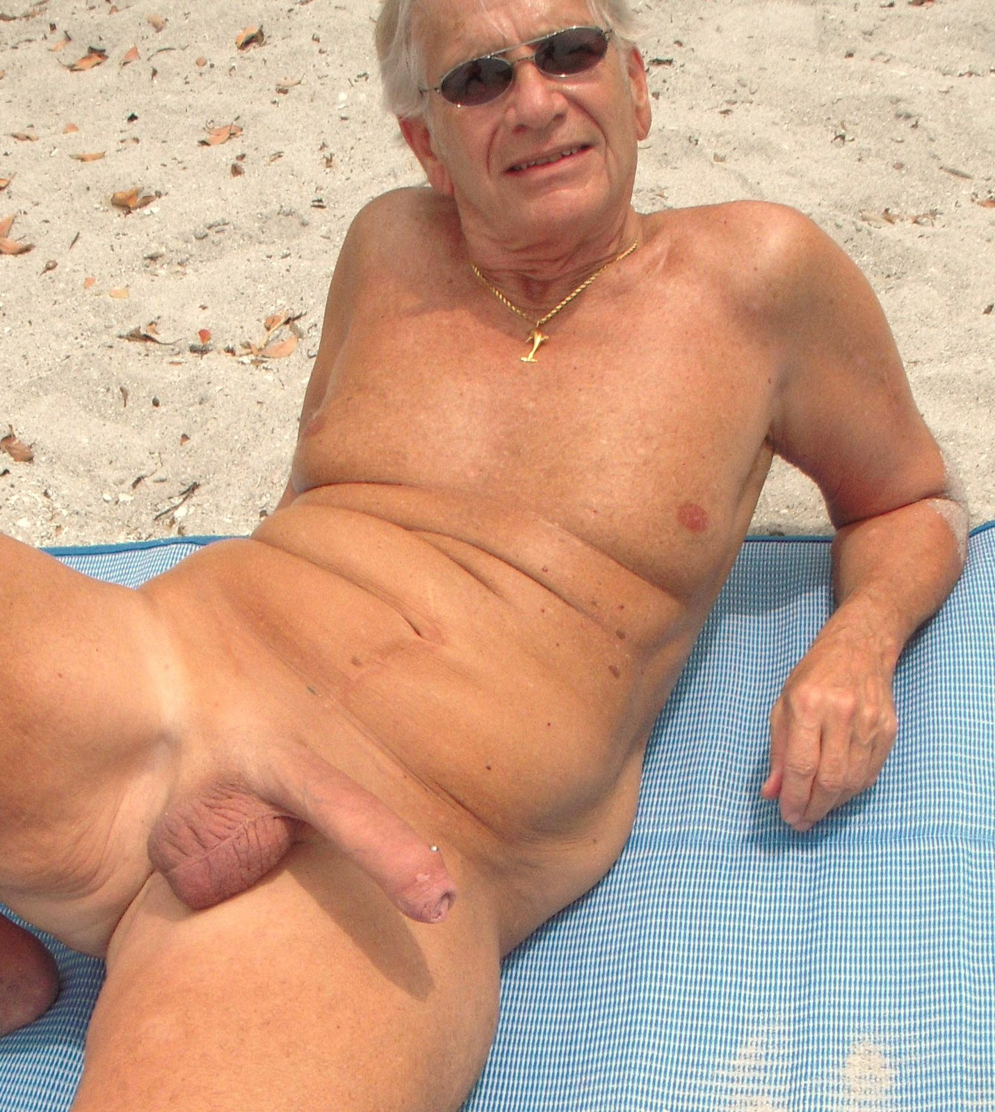 Nude Old Men Paul