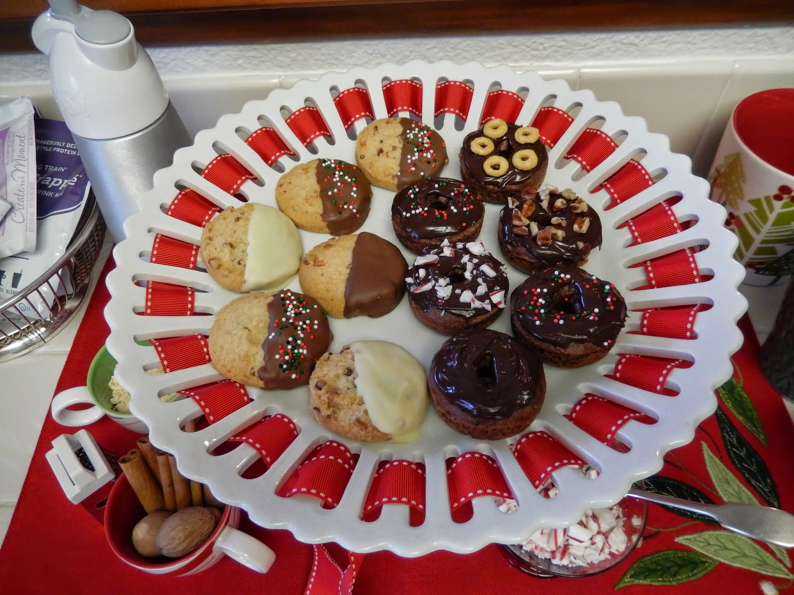 Eggface%2BHoliday%2BDesserts%2BChristmas%2BCookies%2BNo%2BSugar%2BSugar%2BFree%2BProtein%2BDonuts Weight Loss Recipes Christmas Tree Trimming Treats