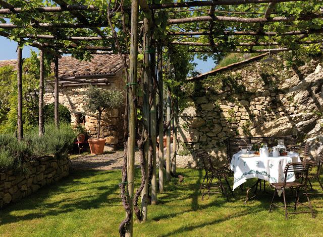 casa rural en italia parra jardin