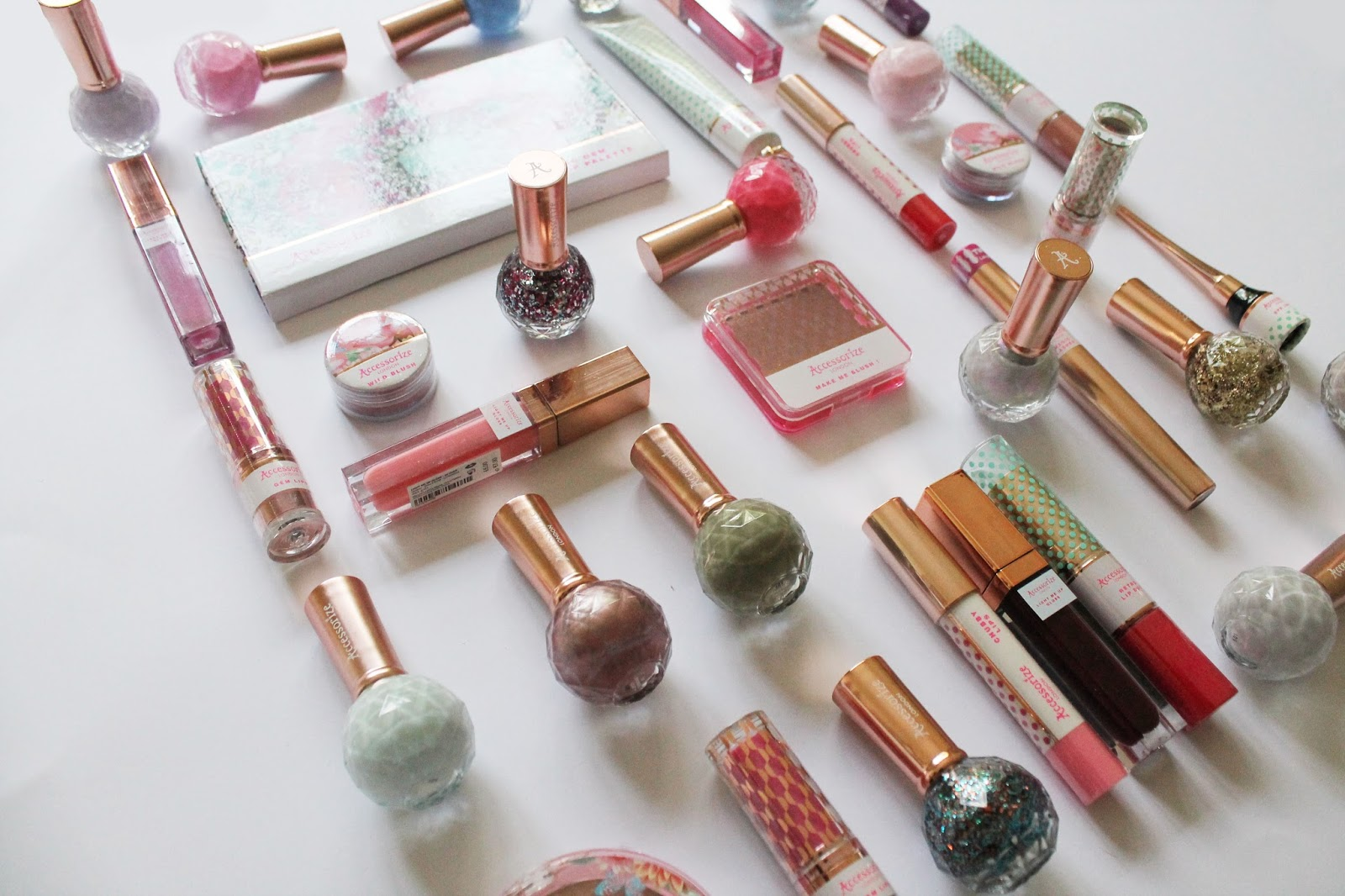 beauty, cosmetics, lipstick, blush, pretty, girl, bbloggers, lip gloss, mascara, accessorize, accessorize beauty, giveaway