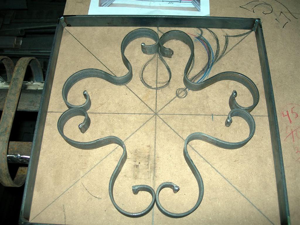 Forja art stica y acero corten madrid olaya herrer a y - Chapas de hierro ...