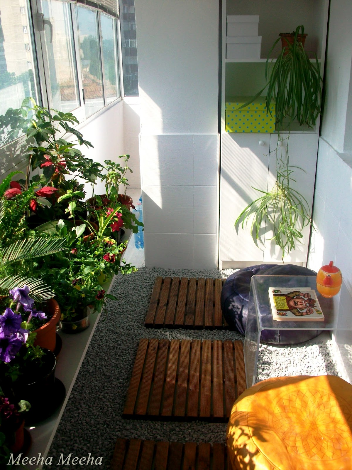 Meeha meeha before and after small balcony for Small balcony garden ideas