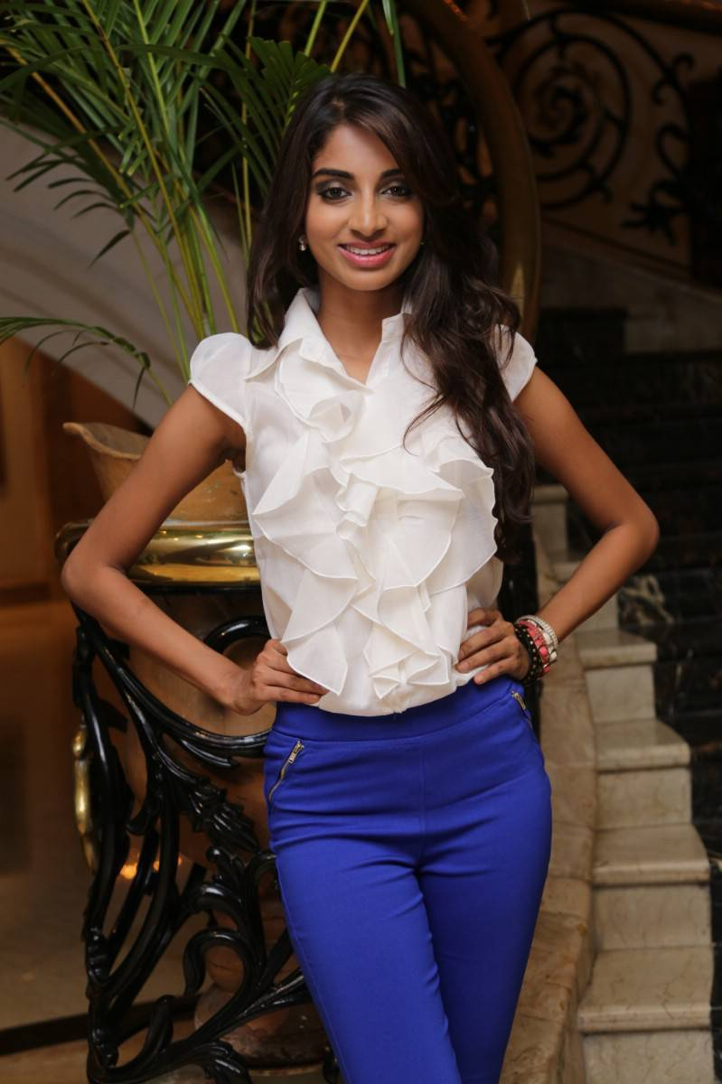 Actress Sahithya Jagannathan Latest Cute Hot White Top Dress Spicy Photos Gallery