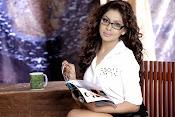 Srinikha glamorous portfolio-thumbnail-2