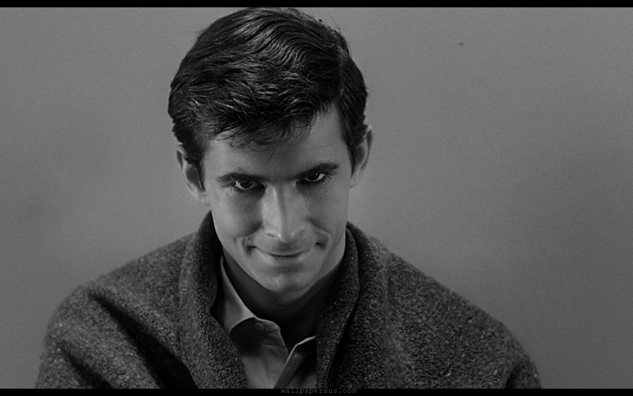 Uno y trino en la locura, Norman/Normal/Norma Bates (Anthony Perkins)