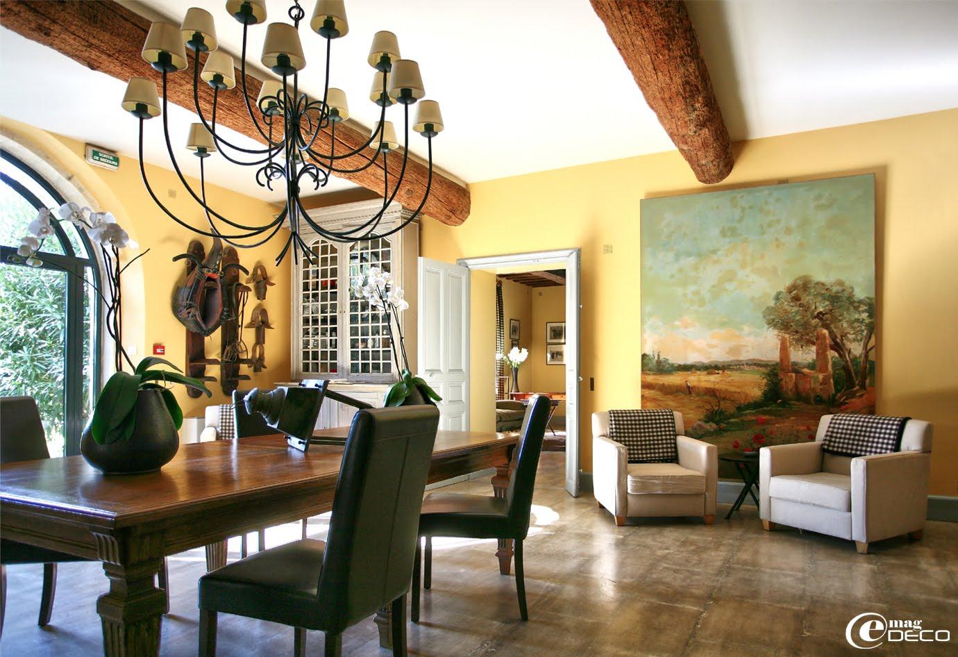 L'entrée du Mas de Peint, hôtel 5 étoiles en Camargue