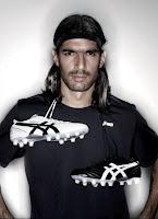 """""""Futebol é raça, todas elas"""""""
