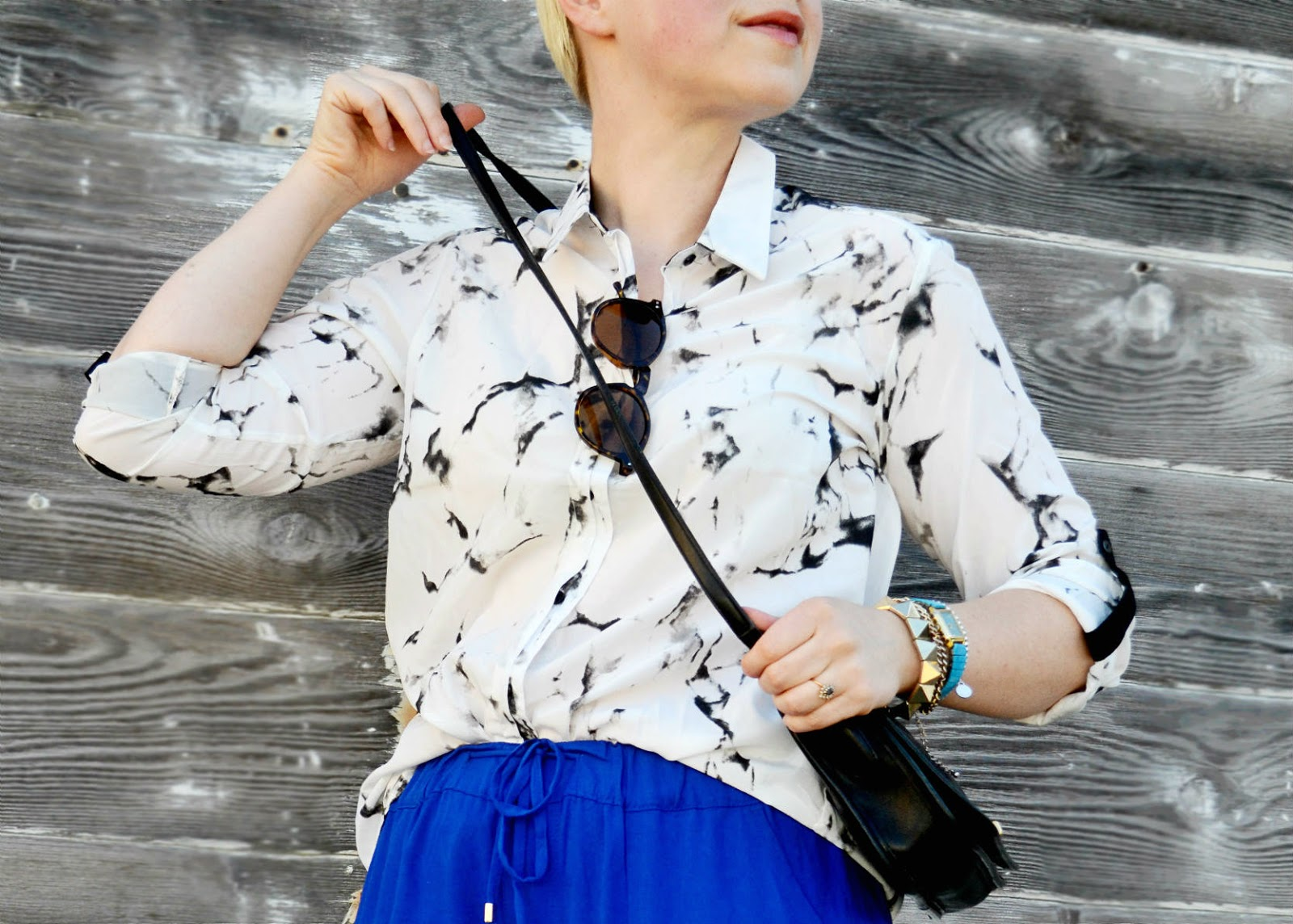 marbled fabric, blouse, oasap, catie beatty, fleur d'elise, blue, track pants, old navy, street style, seattle, arm party, coach