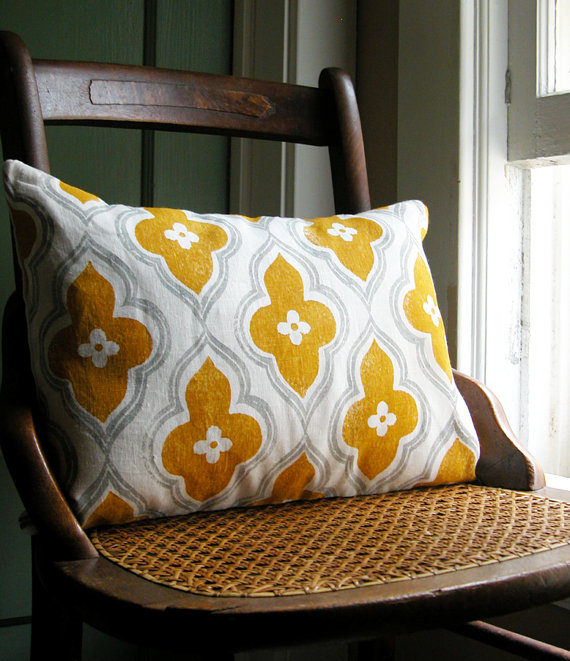 Beautiful Haven: Throw Pillows