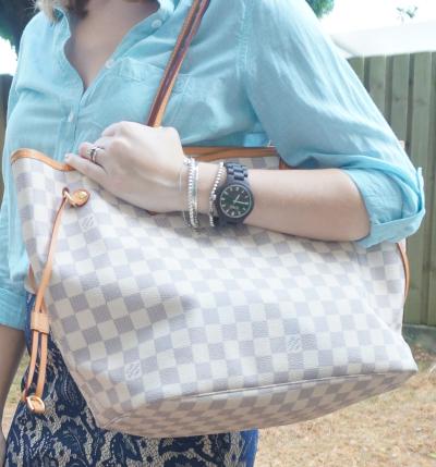 Louis Vuitton MM damier azur neverfull Blue outfit JORD fieldcrest wood watch