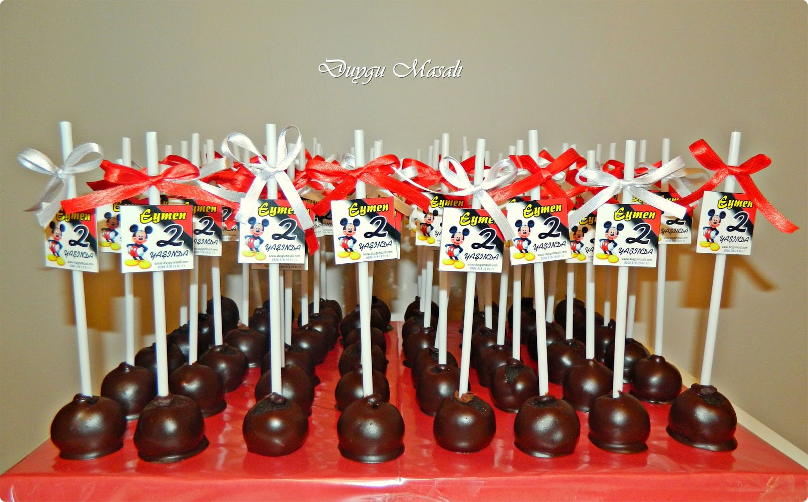edirne mickey mouse cake pops