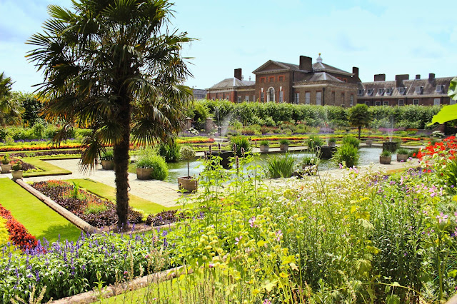 Kensington Palace Gardens | Chichi Mary Kid's Boutique