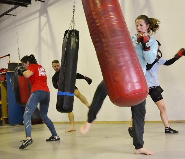 kickboxing Zielona Góra, shoot boxing Zielona Góra, muay thai Zielona Góra, boks Zielona Góra, treningi sportowe Zielona Góra, świetlica Zielona Góra.