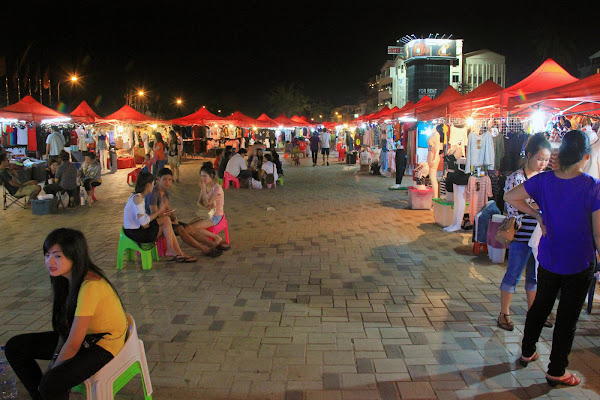 Mercato notturno Vientiane