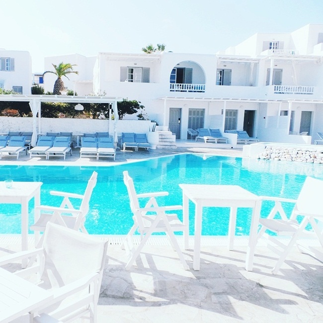 Jelena Zivanovic Instagram @lelazivanovic. Glam fab week.Minois village hotel & spa pool,Paros.Best hotels in Paros.