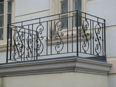 Iron railing design for balcony