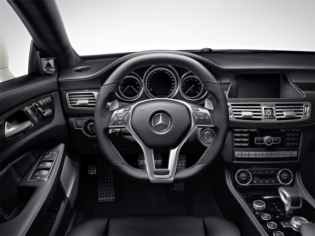 Mercedes benz cls serisi 2013 mercedes resimleri for 2013 mercedes benz cls550