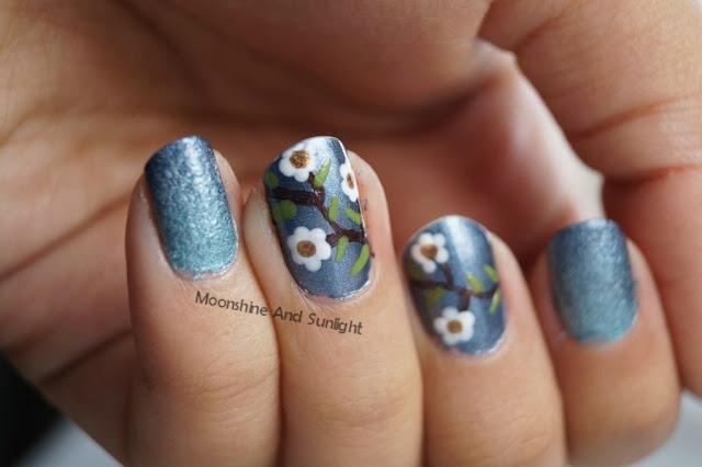 Floral and gradeint fall nail art