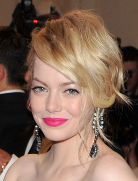 Emma Stone Sexy Summer Hairstyles