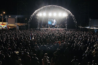 """Bruno e Marrone cantaram grandes sucessos, como """"Dormi na praça"""" e """"Choram as rosas"""""""