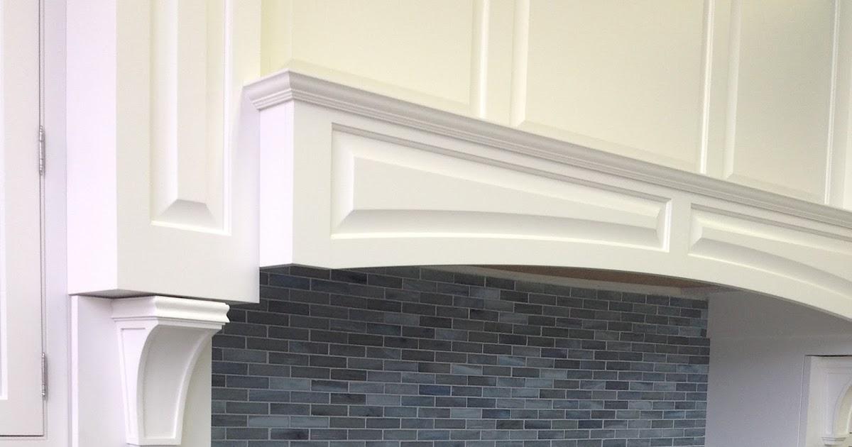 kitchen cabinets stained glass tile backsplash bluestar range
