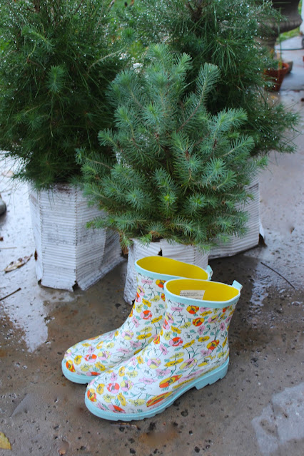Rooted In Thyme DIY Mosaic China Heart Rain Boots Paris