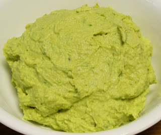 avocado garlic hummus