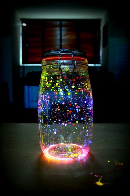 decoracao festa neon:Faça a sua Festa: Decoração linda com pulseiras de neon!