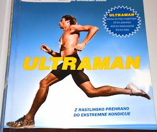 Knjiga Ultraman