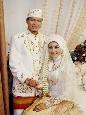 baju pengantin muslimah jawa