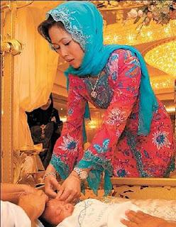 Paduka Seri Baginda Sultan Haji Hassanal Bolkiah Muizzaddin Waddaulah