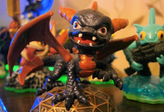 skylander spyro dragon character