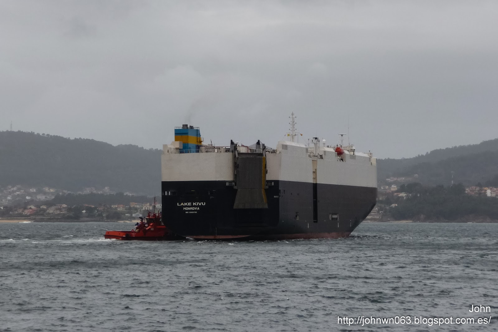 lake kivu, car carrier, vehicles carrier, fotos de barcos, vigo