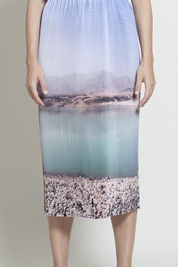 Stranger Than Vintage: Graphic Print Landscape Fashion