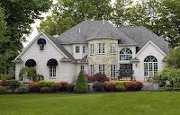 foto de casa bonita con jardin