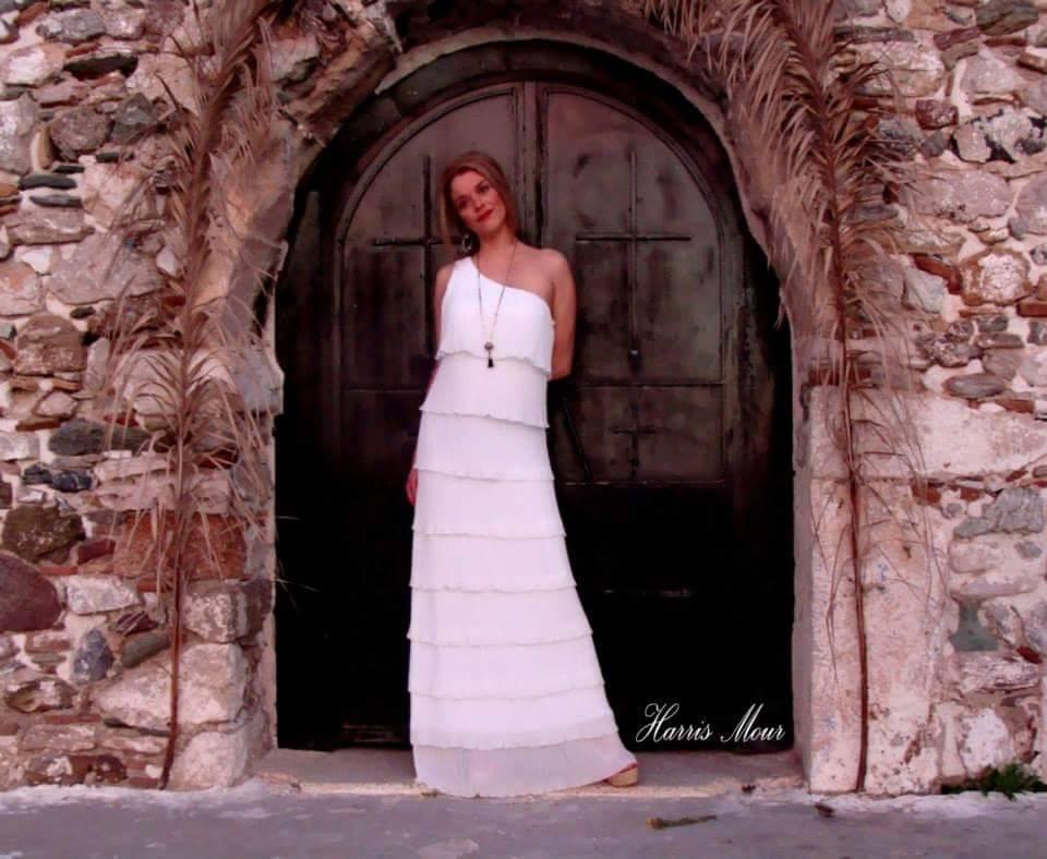 Μαξι φορεμα σιφον πλισε λευκο σε ολα τα μεγεθη