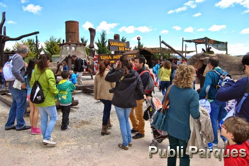 Visitantes dinópolis puente mayo
