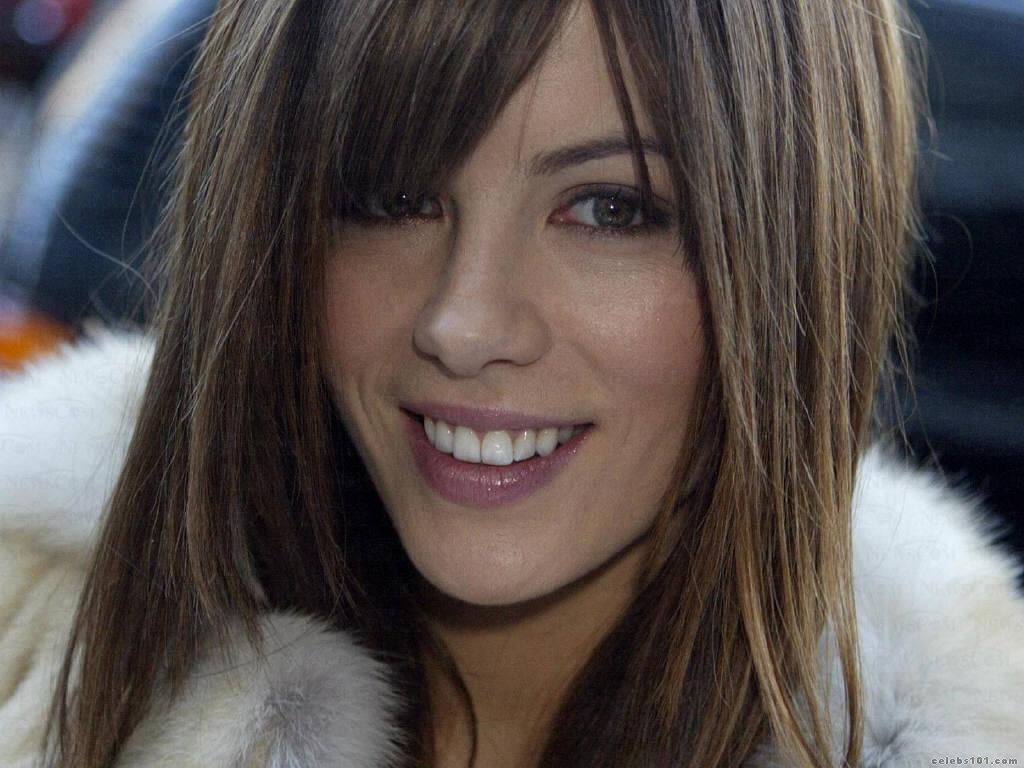 http://3.bp.blogspot.com/-1xTat3oIhVM/TtUsJGG7P6I/AAAAAAAAryA/yTOZxGrfPBc/s1600/Kate-Beckinsale-kate-beckinsale-4731751-1024-768.jpg