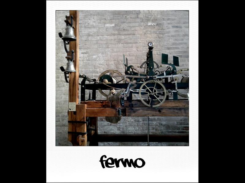 Orologio del campanile a Fermo