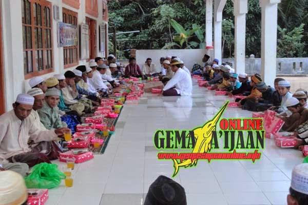 Management Indocement Safari Ramadhan ke Desa