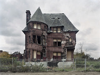 Photo of abandoned Detroit home