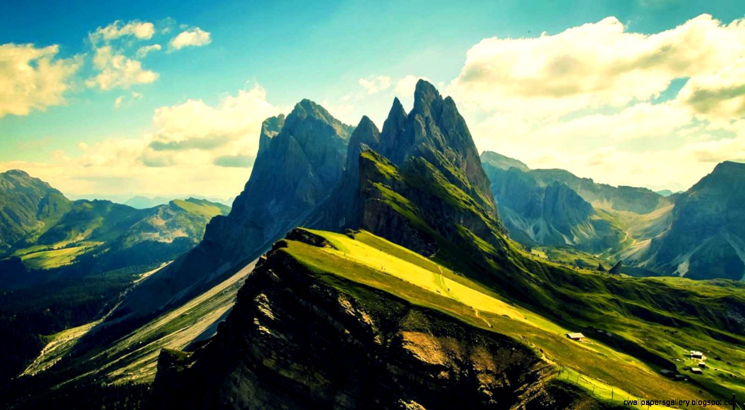 Mountain Wallpapers HD Pictures  One HD Wallpaper Pictures