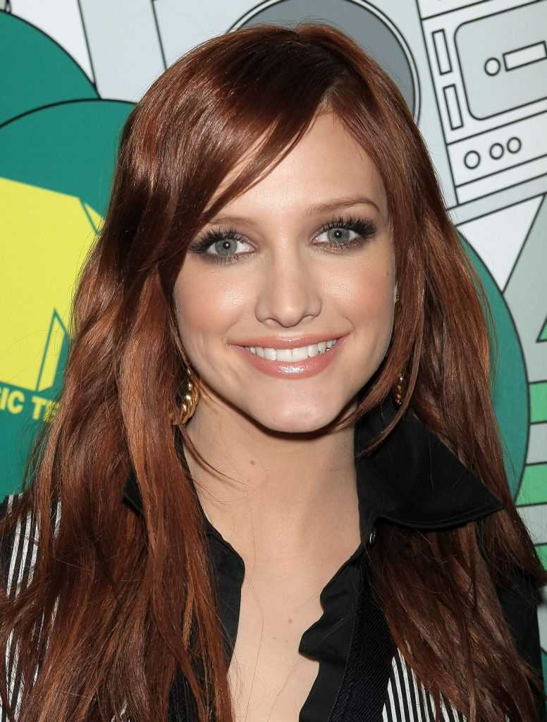Ashlee Simpson new hairstlyeAshlee Simpson