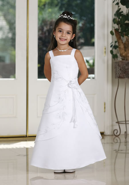 Whether it's a plus size children pageant dress, a plus size child flower girl dress, or plus size communion gown rest assured that your will have plenty to choose from to make sure your child's special day is complete with a beautiful formal gown.