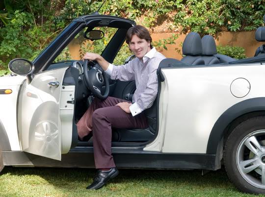 سيارات ليونيل ميسي ( مجموعة رائعة ) ... Lionel-Messi-Cars-Co