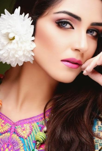 http://funchoice.org/celebrities/pakistani-celebrities/maya-ali-the-hot-super-model-and-actress